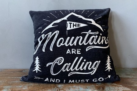 Sort Trend Design The Mountains 50x50 Putetrekk